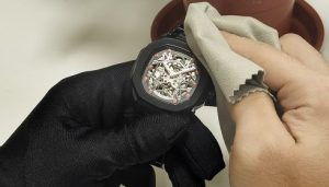 Read more about the article Watch Strap Maintenance Method